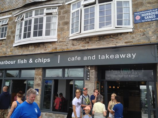Harbour Fish & Chips: Shop front at the sea