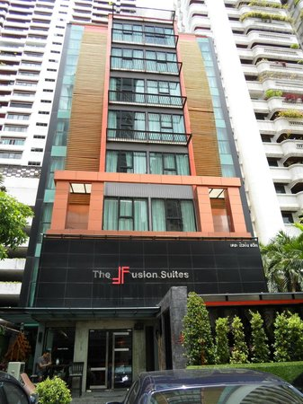 The Fusion Suites Bangkok: Front of Hotel
