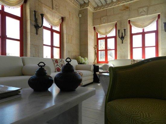 Hezen Cave Hotel : Recepção