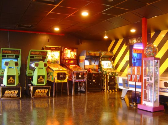 Planet Lazer: Arcade in the lobby