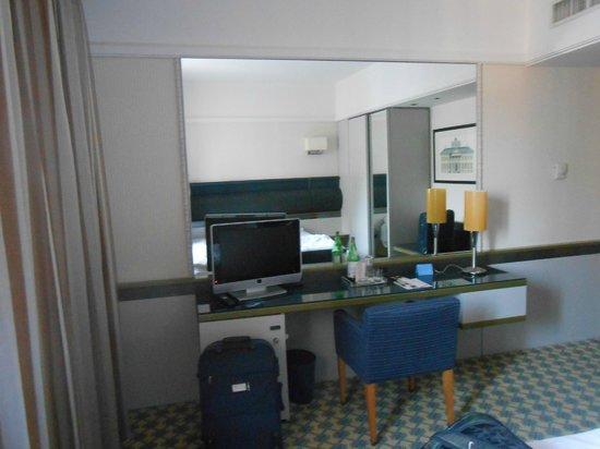 NH Trieste: La camera da letto