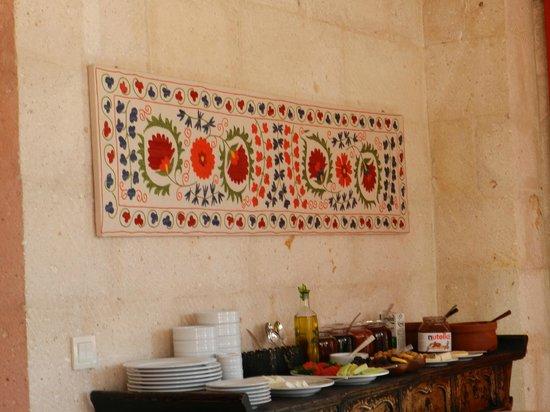 Hezen Cave Hotel: Café da manhã