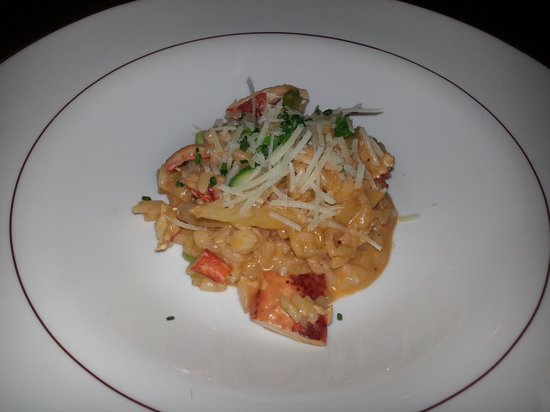 Chives Canadian Bistro: Lobster risotto