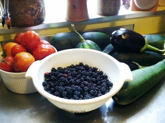 The Centennial House Bed and Breakfast : Our Garden's Bounty