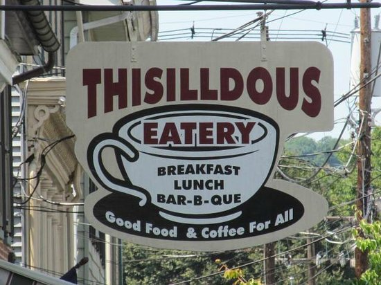 Thisilldous Eatery: Sign