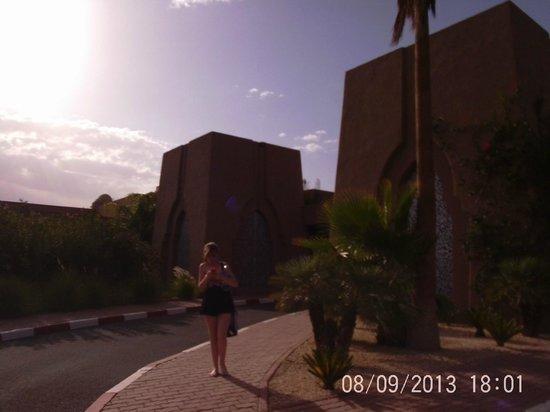 ClubHotel Riu Tikida Palmeraie: Front of hotel