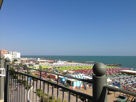 Residence Roxy: Vista dal balcone del l'hotel.