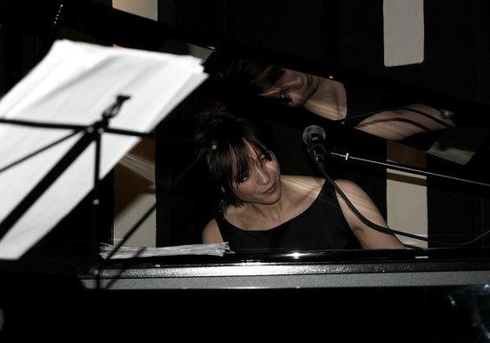 The Glasshouse Brasserie: Live music