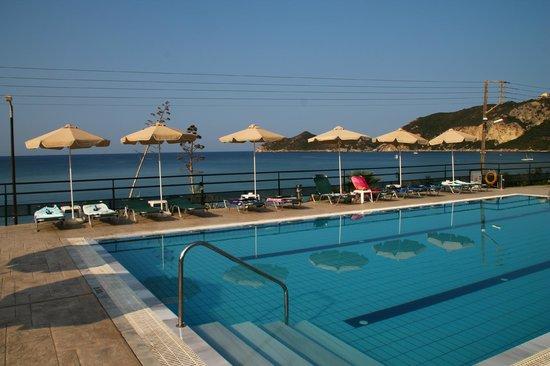 Hotel Costas Golden Beach: Swimming pool