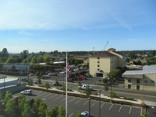 Candlewood Suites - Portland Airport: View from room