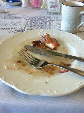 Victorian Inn Bed and Breakfast: Lovely breakfast