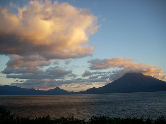 Solola, Guatemala: Sunset view from the restaurant