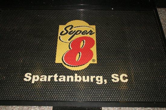 Super 8 Spartanburg/I-26 Exit 22: The sign outside