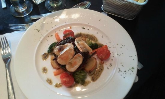 hotel kylestrome bar and grill restaurant: Well fired tartlet