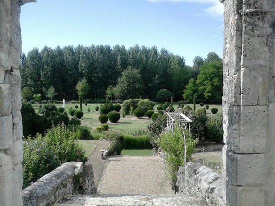 Grezet-Cavagnan, Francia: Vers les jardins