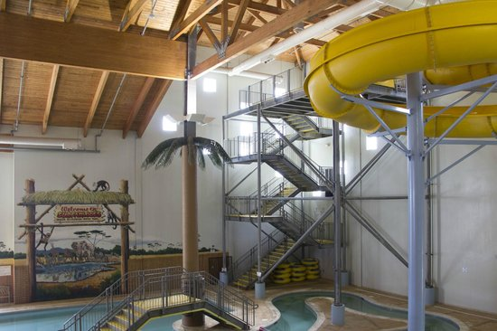 Fairfield Inn & Suites Watervliet St. Joseph: Surfari Joe's Waterpark