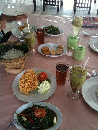 New Kebon Tebu Resto