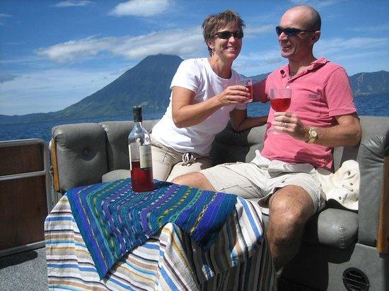 El Artesano Wine and Cheese Restaurant: Enjoy!!