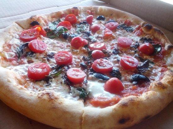 Mangia Macrina's Wood Fired Pizza : black olives and grape tomatoes