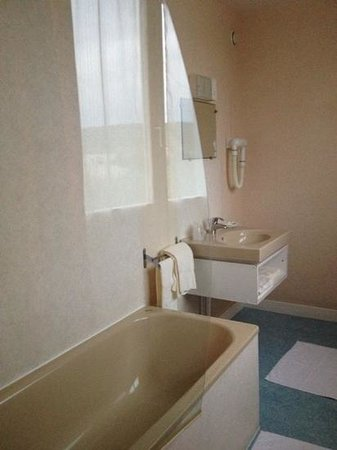 Hotel du Haut Marais: salle de bain