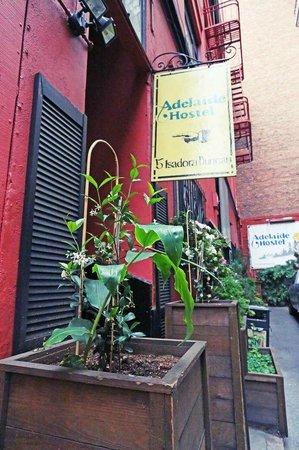 Adelaide Hostel: Sign to Enter