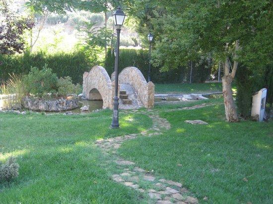 Hotel Rural Huerta de las Palomas: jardines
