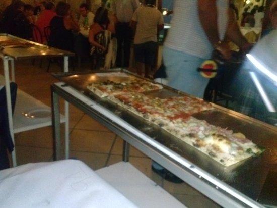 Ristorante Vesuvio : pizza a metro