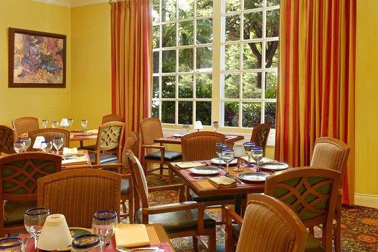 La Posada Hotel: El Cafe
