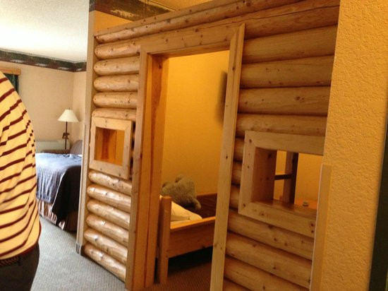 Great Wolf Lodge : kids cabin room
