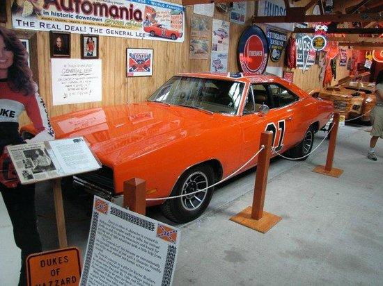 Best Western Graham's: The General Lee is just down the road