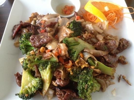 Asian Bistro: Pad See Ew
