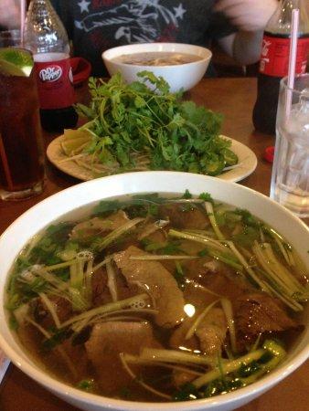 Pho Hoang Restaurant Incorporated: Yum