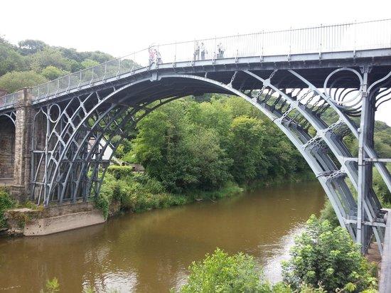 Ironbridge Gorge Museums: the iron bridge