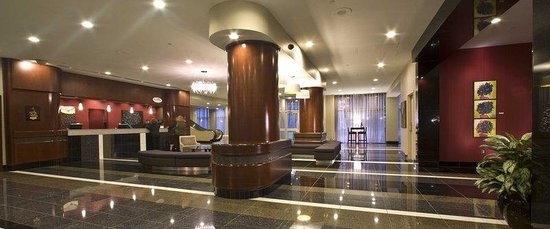 Delta Beausejour: Lobby View