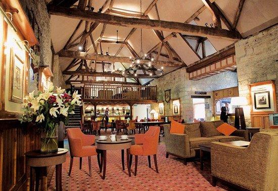 De Vere Oxford Thames: Hotel Bar Lounge