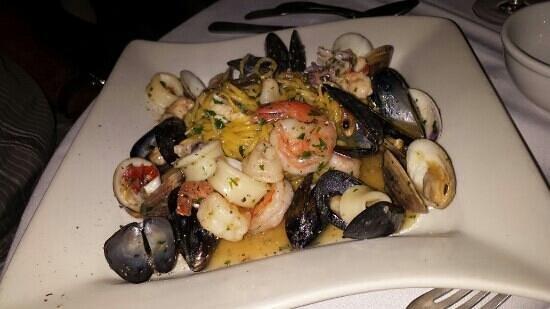 Agua Restaurant & Lounge : Seafood Spaghettini