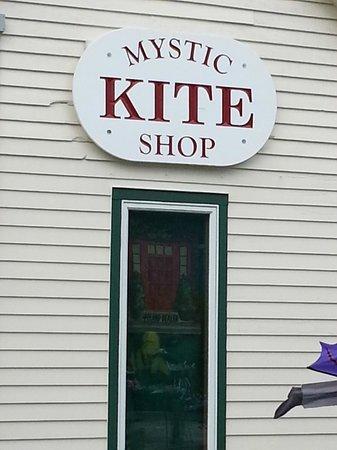 Olde Mistick Village: The Kite Shop