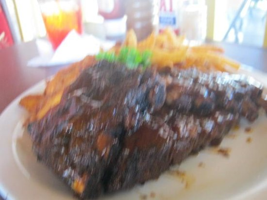 Lucky Horseshoe : The Tastiest BBQ Ribs We've Ever Had
