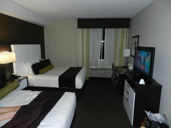 BEST WESTERN PREMIER Miami International Airport Hotel & Suites: Quarto com 2 Camas de Casal
