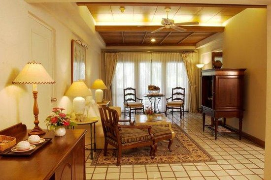 Imperial Lake View Hotel & Golf Club : Suite