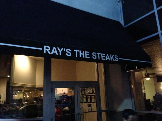Ray's the Steaks : 店の入り口