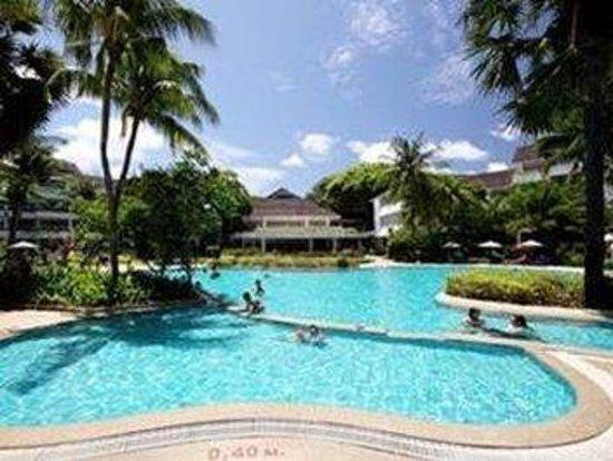 Thavorn Palm Beach Resort: Pool