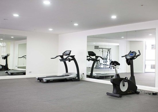 APX World Square : Gym