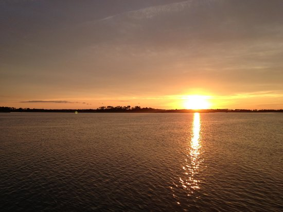Assateague Explorer Wildlife Cruises: This was the sunset the night I went on the cruise, a crude photo because it was taken on my pho