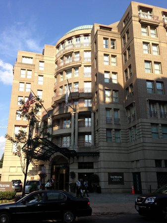 The Westin Georgetown, Washington D.C. : ホテル前面