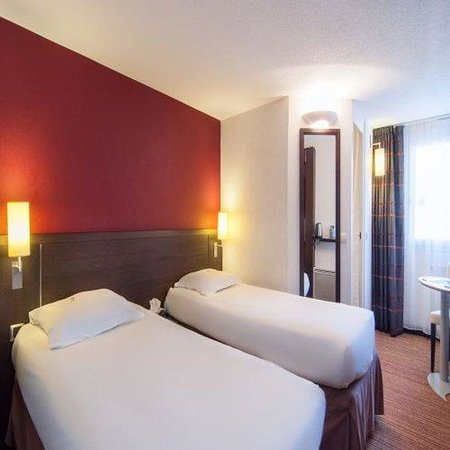 Hotel Kyriad Colmar Rue De La Fecht