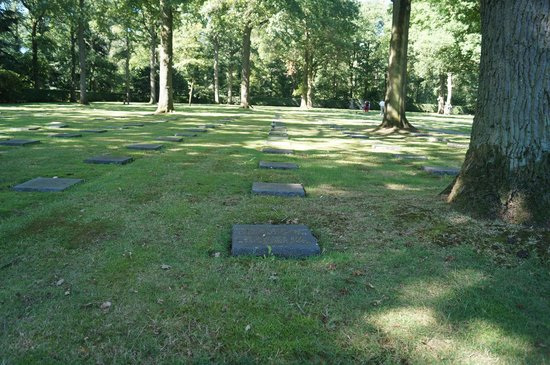 Vladslo German War Cemetery : war loss