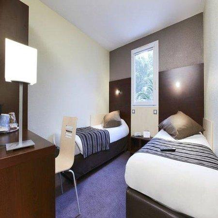 Kyriad Perpignan Nord : Twin Room