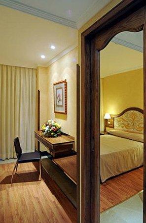 Hotel Julia: Guest Room