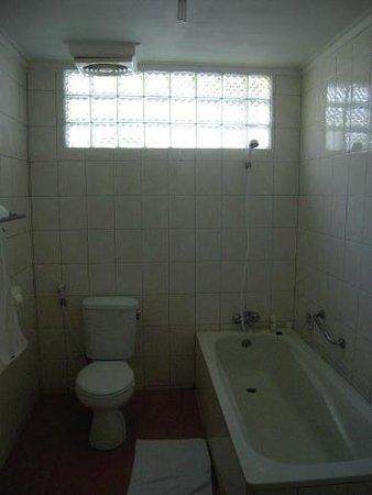 Aditya Beach Resort : shower & toilet